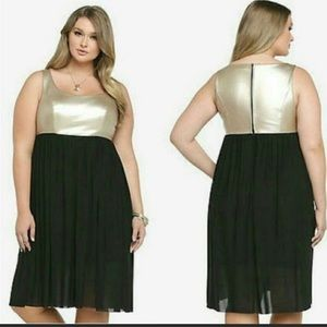 FREE SHIPPING WITH THIS TORRID DRESS